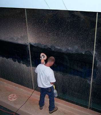 Aqualife provides acrylic and glass panel polishing for large aquariums