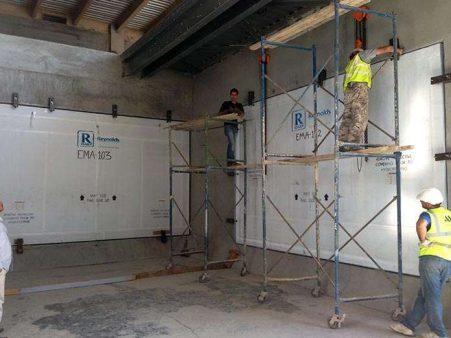 Aquarium Acrylic Panels Installation