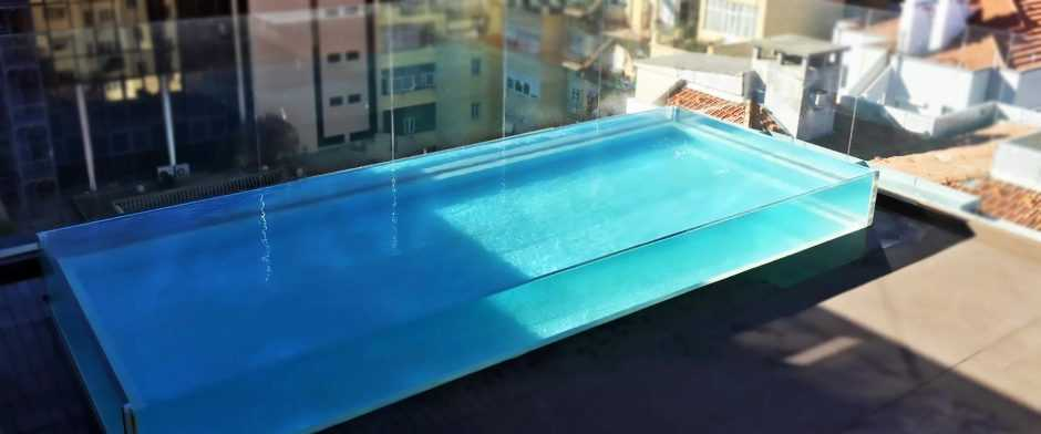 Glass and Acrylic Swimming Pool Window Installation