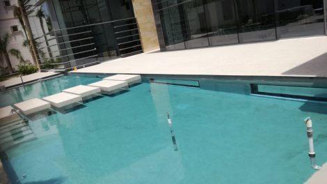 Underwater windows repaired - Underwater windows repaired